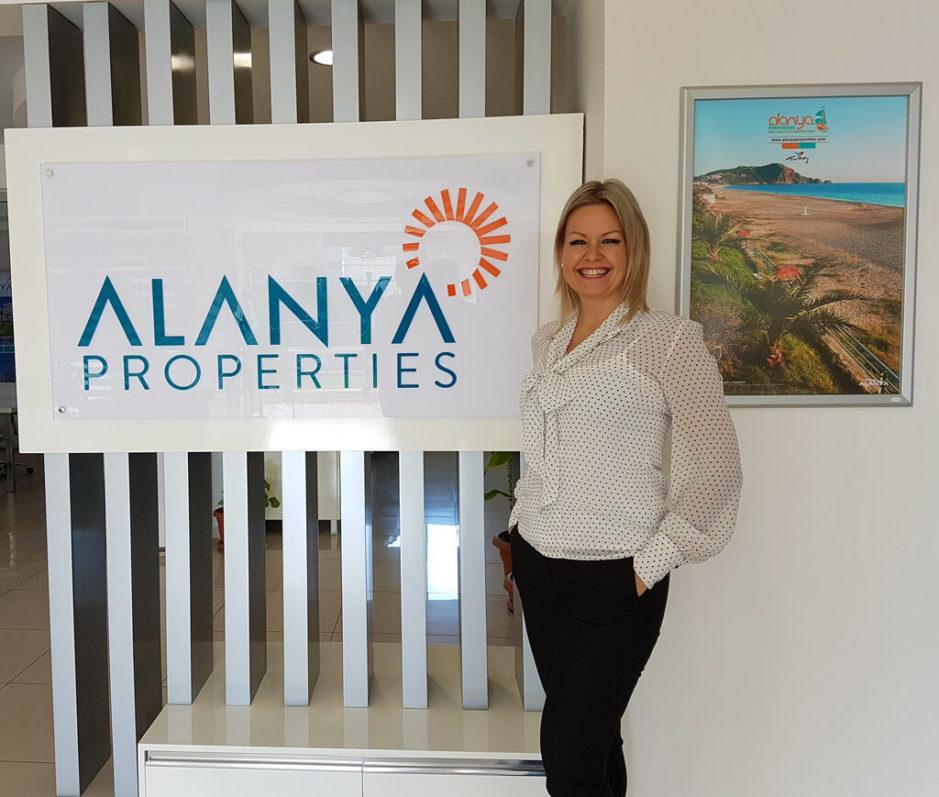Sanna Alatalo - Kleopatra Homes. Alanya real estate - Alanya Properties. Asunto ulkomailta, asunto Alanyasta ja myytävät asunnot ulkomailla.